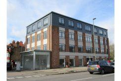 995 High Road Finchley London N12 8PW